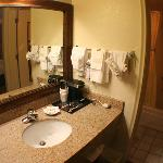 Photo de BEST WESTERN Quail Hollow Inn