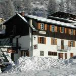 Chalet Chardons in the beautiful village of Brevier