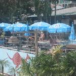 Photo de Cha-am Villa Beach Hotel