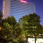 Photo de Sheraton Arlington Hotel