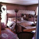  Lizzie&#39;s Room