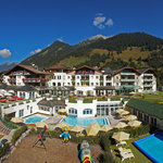 ‪Leading Family Hotel & Resort Alpenrose‬