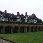 The Manor House resmi