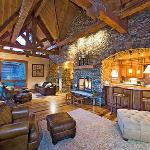  Summit Cabin Great Room