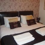 Double/Twin En-suite Room