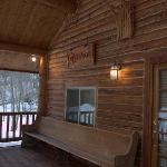 Foto de The Old Mill Log Cabins