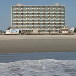 ‪Reges Oceanfront Resort‬