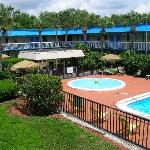 Photo de Vista Inn & Suites