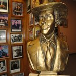 ‪Hank Williams Museum‬