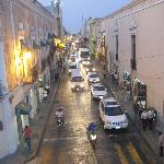  An evening street scene in Merida