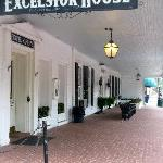 The Excelsior Houseの写真
