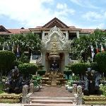 Photo de Empress Angkor Hotel