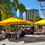Outdoor dining in the heart of downtown