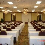 Foto de Clarion Inn & Suites by Hampton Convention Center