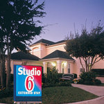 Photo de Studio 6 Jacksonville - Baymeadows