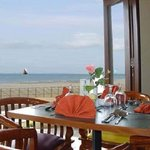 Photo de Hotel Jayakarta Anyer Beach Resort