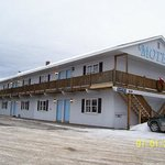  Spillover Motel Hotel