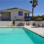 Motel 6 Dallas - Forest Lane