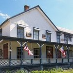  1876 Heritage Inn