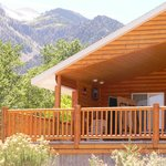 Bullion Creekside Retreat