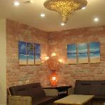  Holiday Dive Inn Lobby