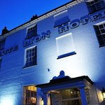 ‪The White Lion Hotel‬