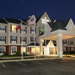 Country Inn &amp; Suites Columbus (Fort Benning)