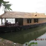 Please dont opt for this houseboat