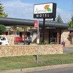 Avenue Motel