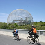 Montreal On Wheels / Ca Roule Montreal