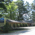 ‪Boulders Motel & Cottages‬