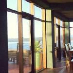 Crown & Anchor Inn - Breakfast with a view of Twofold Bay