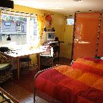 PhilDutch Houseboat Bed and Breakfast Foto