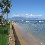 Beach in front of Papakea looking towards Kaanapali shores