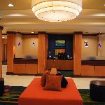 Fairfield Inn & Suites Los Angeles West Covinaの写真