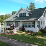 Hillcrest Hide-Away Bed and Breakfast