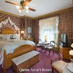Port City Victorian Inn, Bed and Breakfast, LLC resmi