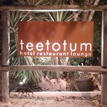 Teetotum Hotel Restaurant Lounge