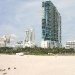 Photo de Continental Oceanfront Hotel South Beach