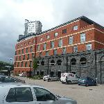 Premier Inn Wolverhampton City Centre - Bluebricks resmi