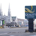 ‪Quality Suites Mont Sainte Anne‬