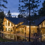 Log Home Bed & Breakfast