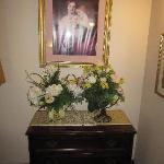  Bad Victorian furnishings with dusty fake flowers