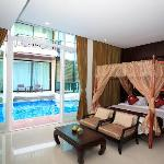 Royal Thai Pavilion Hotel