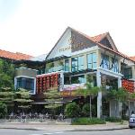  Pergola Hotel