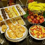 Complimentary Hot On-the-House Breakfast