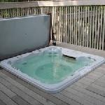 Bridgepoint hot tub