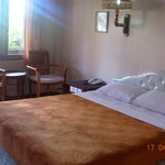 Hotel Sorga Cottages: Queen Bed with AC