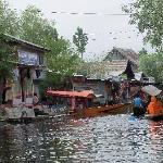 Floating Market at Dal Lake