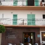  Voorkant Hostal Rosalia